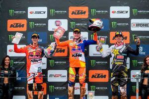 MX2-podium-at-Redsand