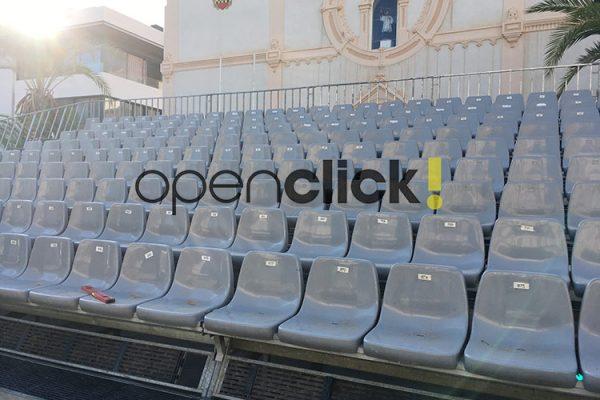 gradas portatiles de asiento con respaldo 4